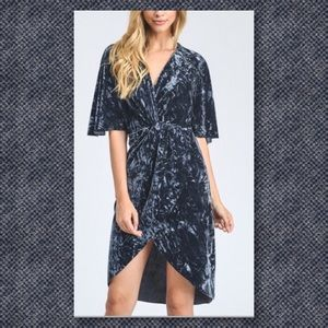 5⭐️RATED🆕 Gray Crushed Velvet Kimono Dress